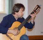 Mario Fritzsche begleitet eine Matinee zu Carl Zuckmayer mit Improvisationen auf der Gitarre