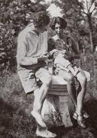 Rudolf Hamburger mit Ursula Hamburger (Ruth Werner) und Sohn Michael in Shanghai