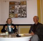Fritz Mierau mit seiner Frau Sieglinde 2009 beim Hoyerswerdaer Kunstverein mit einem Essay zu dem Maler und Dichter Maximilian Woloschin