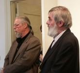 Prof. Wolfram Hänsch (rechts) in der Ausstellung Skulptur und Malerei gemeinsam mit Bildhauer Frank Maasdorf (links) 2007 im Schloss Hoyerswerda