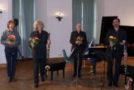 Das Bärmann-Trio mit dem Komponisten und Vorsitzenden des Sächsischen Musikbundes, Christian FP Kram (links).