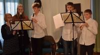 Flötenquintett spielt Lieder von Martin Luther: Johanna Pitterling, Anna Burges, sowie Karl Christian, Johann Heinrich, und Philipp Simon Koch.