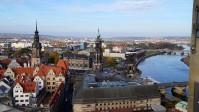 Dresden, vom Turm der Frauenkirche aus gesehen. Vordergrund Schloss und Kathedrale, dahinter Semperoper.