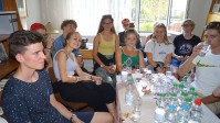 Schülerinnen und Schüler eines Gymnasiums aus Bern in der Schweiz zu Besuch in der Reimann-Begegnungsstätte Hoyerswerda