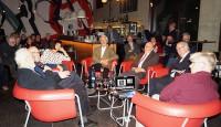Gesprächsrunde in der KuFa Hoyerswerda mit Zeitzeugen. Von links, Peter Biernath, Siegfried Wagner, Dorit Baumeister, Siegfried Palinske, Horst Frankowiak, Dr. Günter Seifert und Olaf Winkler.