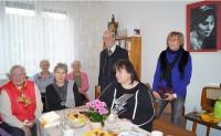 Martin Schmidt, Bildmitte, in der Reimann-Begegnungsstätte zum 45. Todestag von Brigitte Reimann am 20. Februar 2018