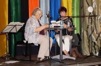 """Helene Schmidt und Angela Potowski lesen """"Geschichten von hier und  heute"""""""
