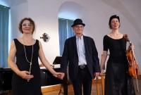 Matinee zu Joachim Ringelnatz beim Hoyerswerdaer Kunstverein mit Heidemarie Wiesner, Detlef Seydel und Waltraut Elvers. Von links.