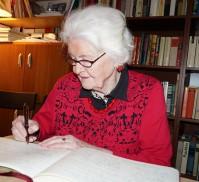 Irmgard Weinhofen in der Brigitte-Reimann-Begegnungsstätte Hoyerswerda