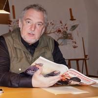 Uwe Jordan 2017 beim Hoyerswerdaer Kunstverein zum 90. Geburtstag von Martin Walser