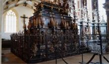 Grablege der sächsischen Herrscher im Dom Freiberg mit Moritz-Monument und Begräbniskapelle der sächsischen Kurfürsten