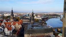 Kathedrale Dresden (Bildmitte), vom Turm der Frauenkirche aus gesehen