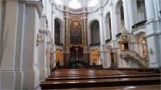 Kathedrale Dresden mit Permoser-Kanzel, rechts im Bild