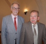 Christian Friedrich und Volkmar Herold 2020 beim Hoyerswerdaer Kunstverein, von links.