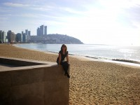 Kira in Busan am Meer