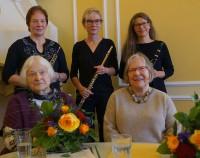 Holzbläsertrio Petra Voigt, Angela Ladewig, Sabine Kegel (von links), Texte: Helene Schmidt und Barbara Kegel (von links).